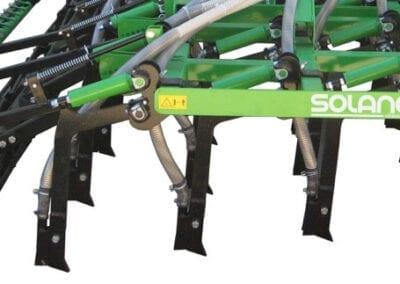 Brazos de siembra independientes en tres filas rejas reforzadas 20 mm con plaquetas de carburo de tungsteno